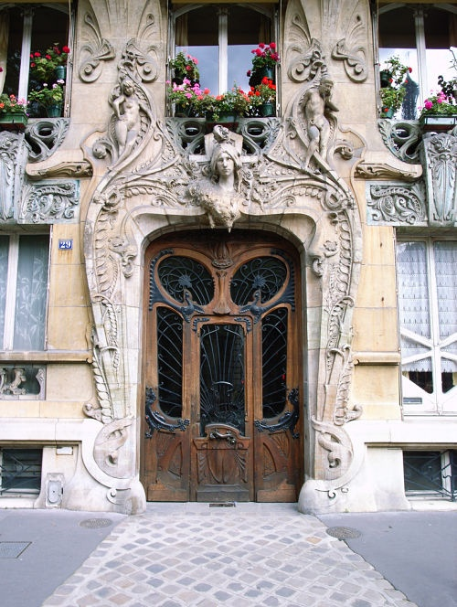 that's a front door in Paris: The Doors, Paris France, Travel Tips, Front Doors, Artnouveau, Doors Frames, Avenu Rapp, Art Deco, Art Nouveau Architecture