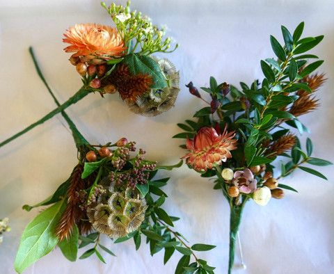 Beautiful Autumnal Modern Boutonnieres by #RussianRiverFlowerSchool #Boutonnieres #Autumn #floraldesign