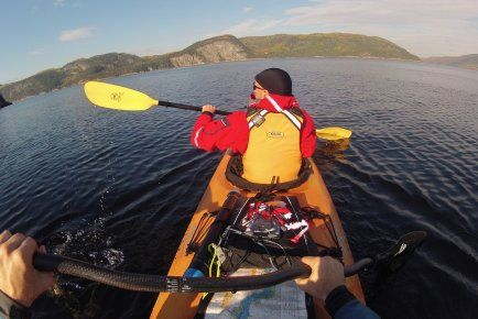 Kayak sur le Fjord du Saguenay. Superbe! #photo #fjord #kayak