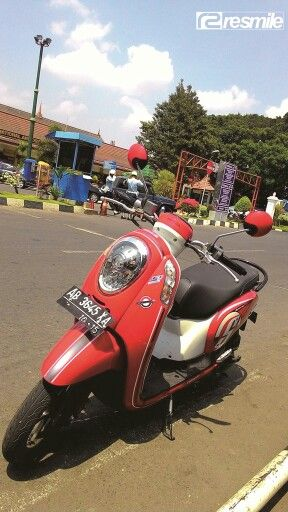 Rental Motor Jogja dekat Bandara  ✆ 082135287088 – 085643107277 Blackberry Pin: 5499E807  Line: resmilerental Instagram: resmilerental follow twitter:@resmile_rental facebook:Resmile Rental www.resmilerental.com