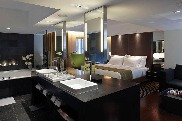 Dormitorio con baño incluido