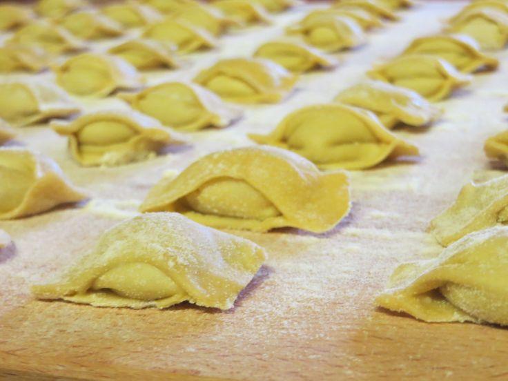 Fagottini di Pasta all' Uovo ripieni di ... Prossimamente sul nostro blog e su tutti i social.
