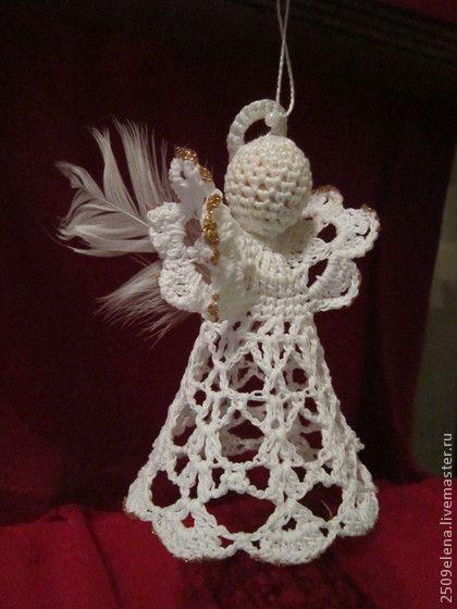 Ангелочек. Вязаный новогодний ангелочек. Может быть елочной игрушкой или просто приятным украшением интерьера.