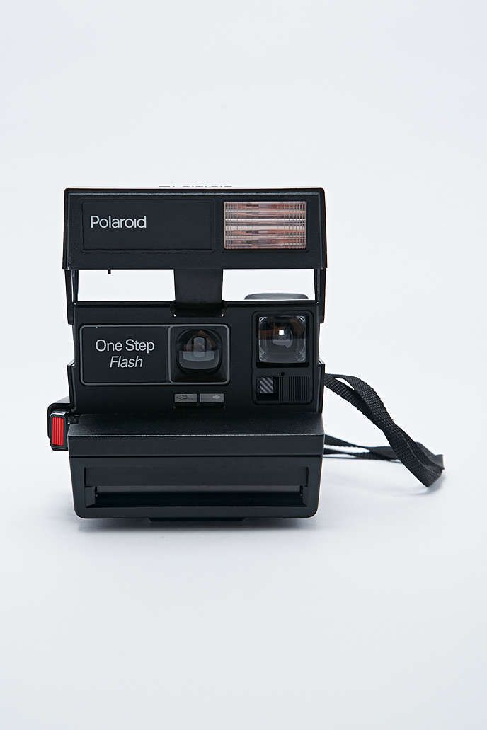 Impossible - Appareil photo Polaroid 600 style 80's et pellicule - Urban Outfitters