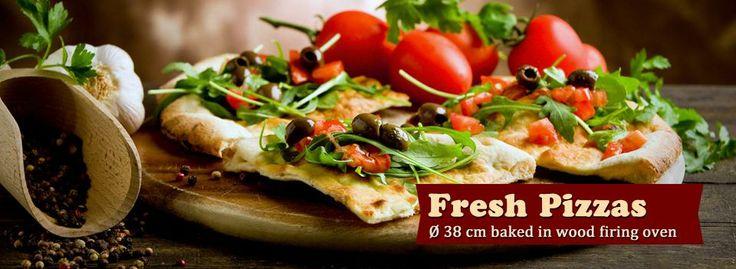Fresh Pizzas @ Budapest http://www.trofeakiszallitas.hu/en