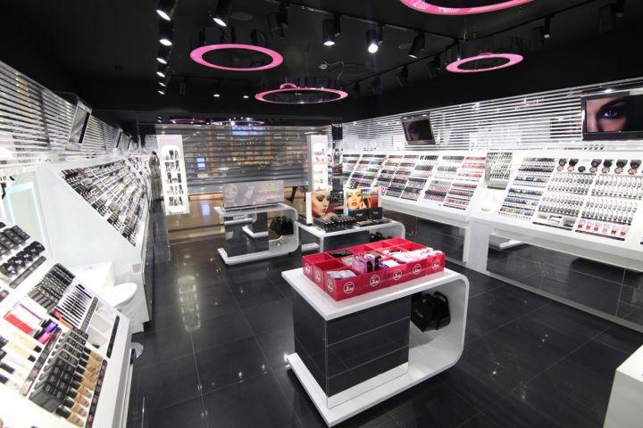 Wjcon store by studio Poiesis, Firenze - Italy