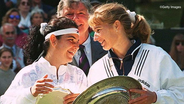 Steffi Graf won her second straight Wimbledon final against Arantxa Sanchez Vicario in 1996.