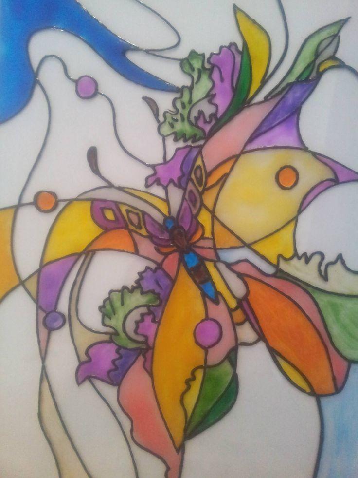 """Витраж """"Бабочка""""  Летнее настроение навеяло красивый и немного нереалистичный рисунок. Он """"поселился"""" на балконе, чем вызвал неподдельный интерес у соседей и гостей.  Материал: стекло, витражные краски.  Размер: 20х31 см. Ручная работа.  Купить: http://design-atelier.biz/category/vitrazhi/"""