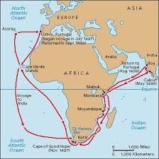 07 – Avanzando progresivamente en el Atlántico a lo largo de las costas africanas, pasaron el cabo de Buena Esperanza y entraron en el océano Índico impulsados por la demanda de rutas alternativas del comercio en el Mediterráneo.