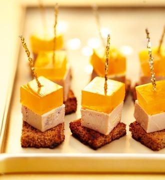 Cubes de foie gras et gelée safranée #Picard. Consultez la recette sur http://www.picard.fr/IdeeFraiches/NosRecettes/cubes_de_foie_gras_gelee_safranee2830.html?Retour=1=1