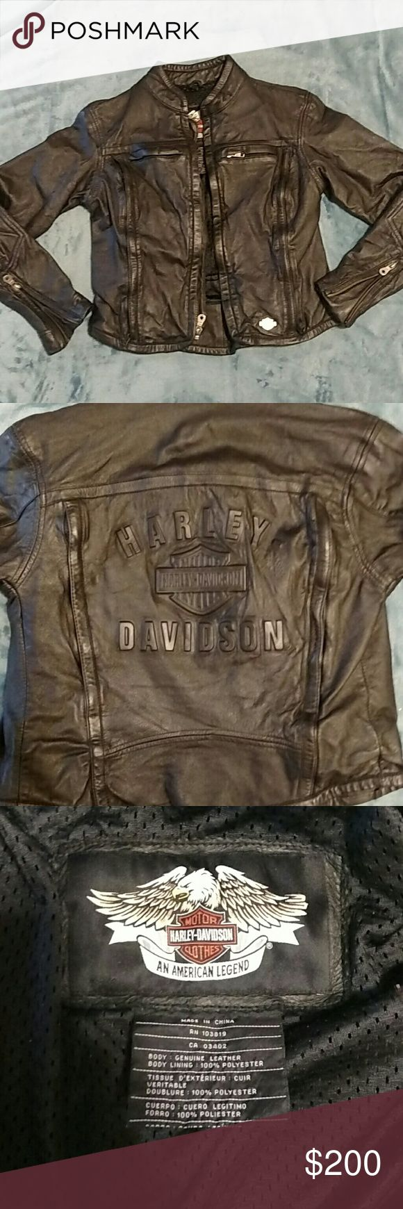 Sexy Ladies Harley Davidson Jacket This leather jacket is fitted and super sexy! Only worn a few times. In great condition! Offers welcome! Harley-Davidson Jackets & Coats
