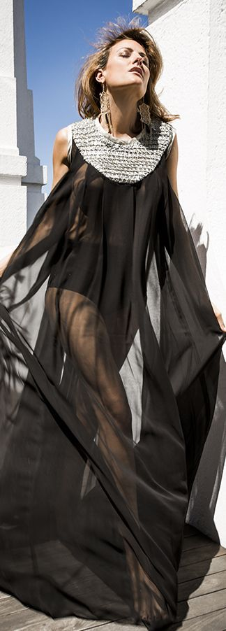 Antonio Sangoo Black Knit Collar Sheer Tulle Maxi Kaftan by Guiadeestilo