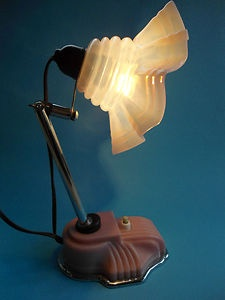ART DECO BEDSIDE - TABLE LAMP WITH PINK BAKELITE & CHROME BASE