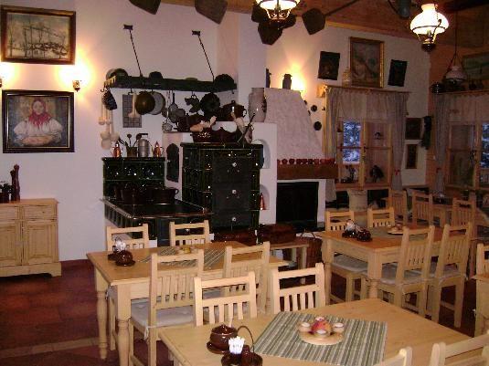 Dřevěný nábytek do Hospody Kyčerka