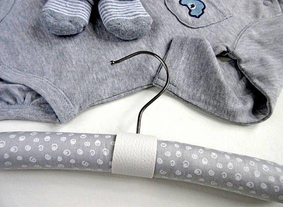 Gray and white nursery hanger - Kids room decor - Clothes hanger - Scandinavian decor - Wall hanging - Childrens wardrobe - Modern hanger