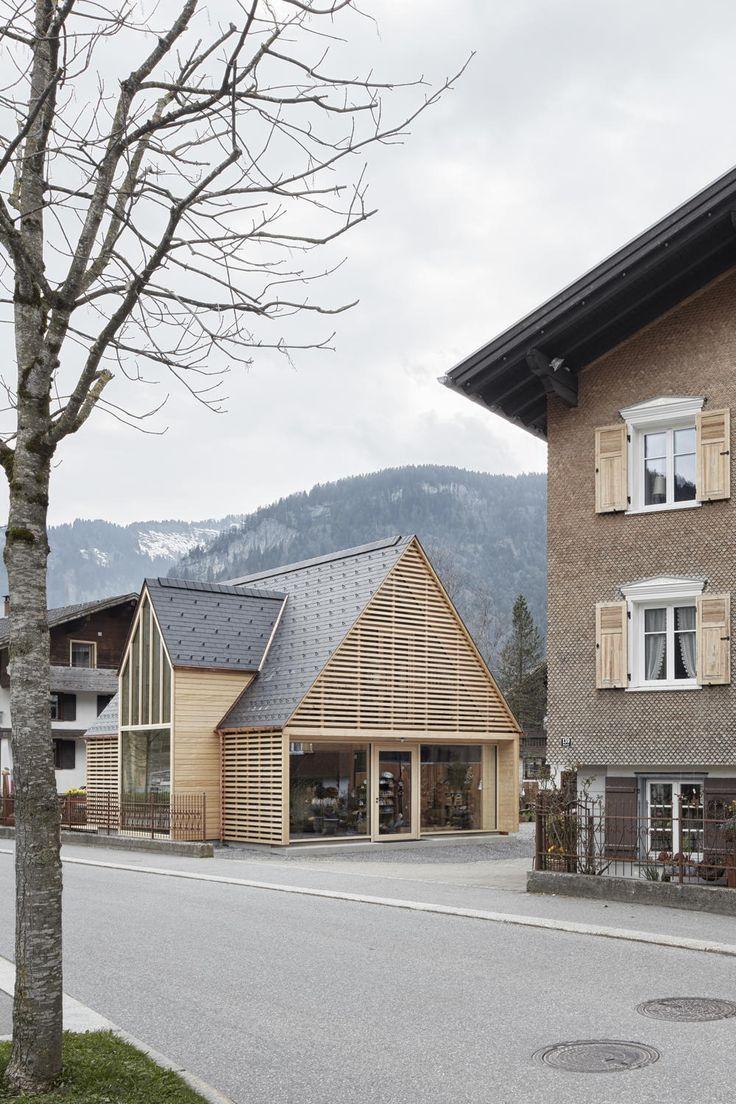 Neue Gartenwerkstatt in Bezau von Innauer Matt Architekten