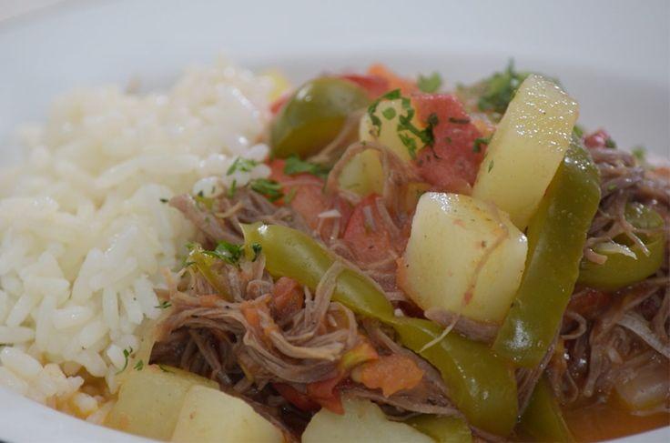 Ropa vieja de carne de res. Checa esta receta clásica de la cocina mexicana, es fácil de preparar y sobre todo, exquisita. ¡En 30 min estará lista!