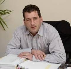 DNA a pus sechestru pe toate proprietăţile primarului Adrian Domocoş