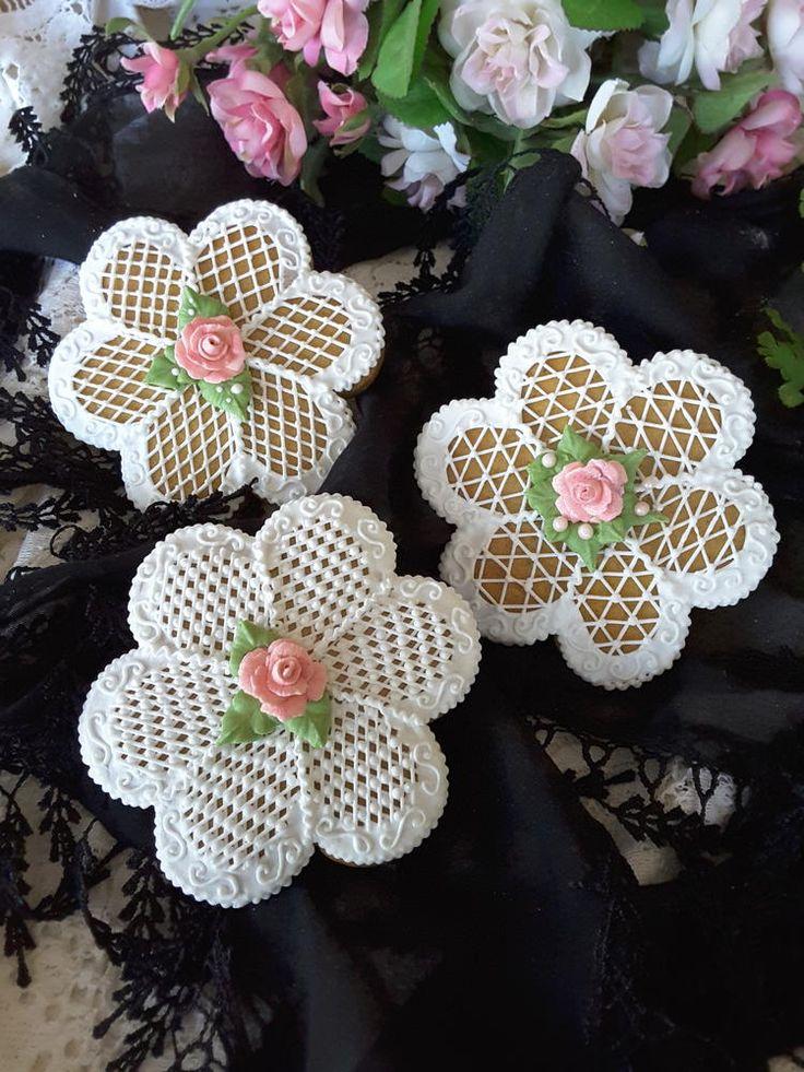 Crosshatching flowers by Teri Pringle Wood
