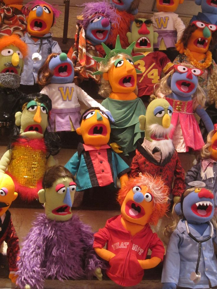 Make your own Muppet at FAO Schwartz in NYC - New York City with Kids
