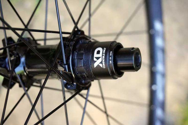 Easton Heist wide mountain bike wheels hub details