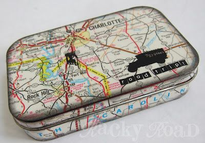 The Crafty Blog Stalker: What Can you Make out of an Altoids Tin?