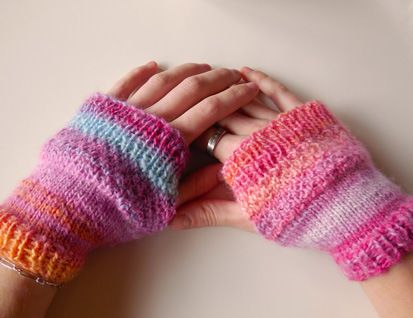 The 124 Best Mittens Wristwarmers Images On Pinterest
