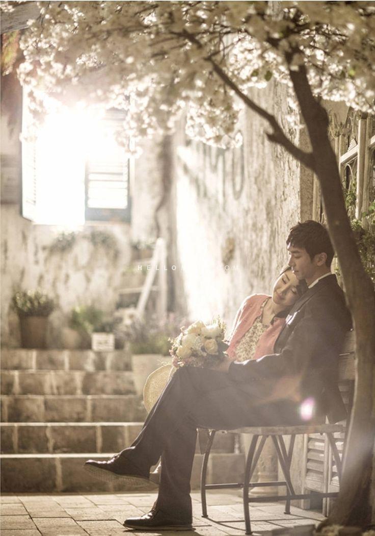 Korean pre-wedding photo, Korean pre wedding photography, stunning pre wedding photos, Korean pre wedding package, honeymoon snap in Korea, Korean date snap, hellomuse