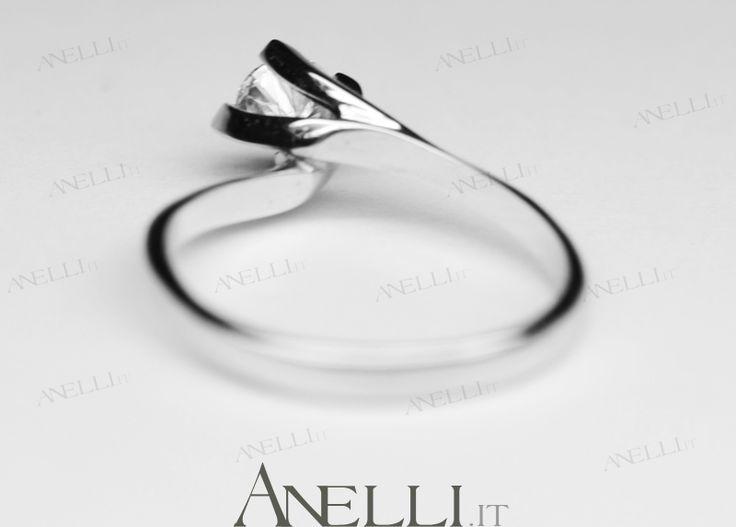 Anello Solitario da Fidanzamento in Oro bianco, modello Valentino, diamante di 0.45 carati colore D purezza VS1 - 2177€ iva inclusa, se acquisti entro il 21 dicembre lo ricevi garantito prima di Natale! http://www.anelli.it/it/anelli-solitario/anello-fidanzamento-0-45-carati-colore-d-purezza-vs1.html #anellifidanzamento #anellofidanzamento #gioiellifidanzamento #lastminutenatale #natale2014 #regalinatale2014 - www.anelli.it <3 info@anelli.it <3 +39 0637515305 <3