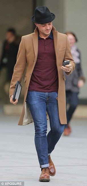 Matt Willis - Liking the combination of the hat, camel colour hat and burgundy polo shirt.
