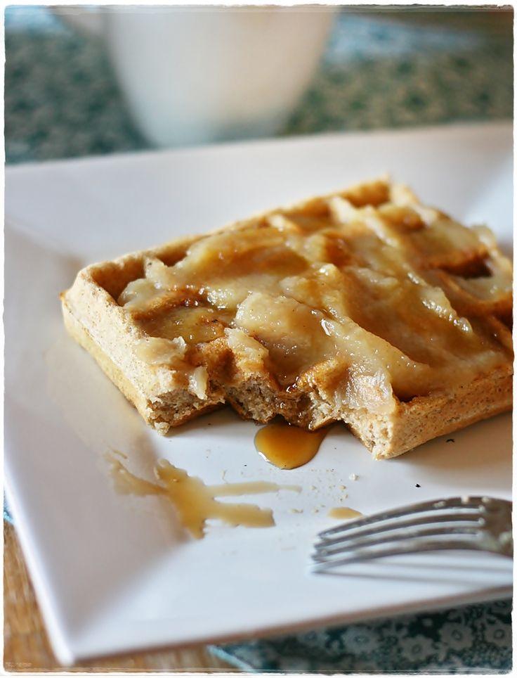 Waffles integrali allo yogurt con confettura di pastinaca – Whole wheat yogurt waffles with parsnip butter