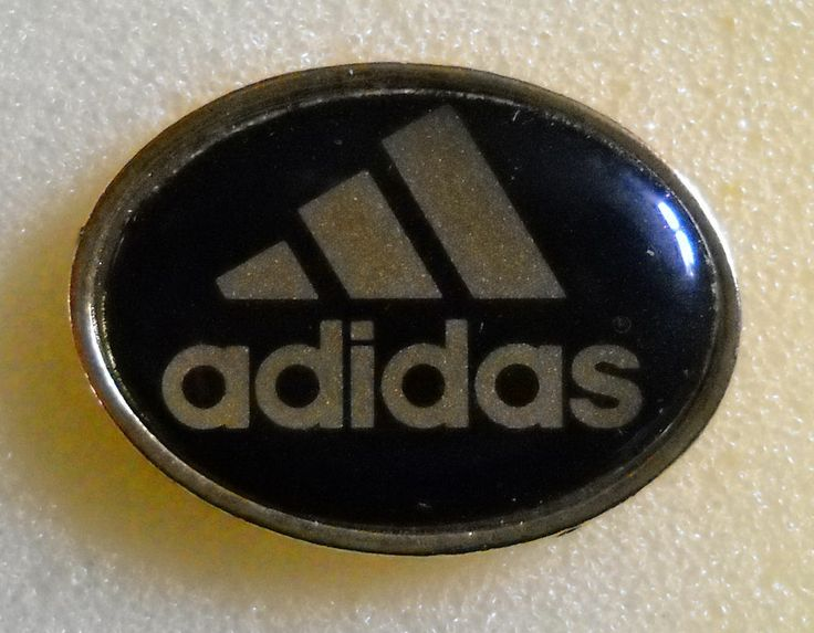 DISTINTIVO SPILLA PIN BADGE ADIDAS