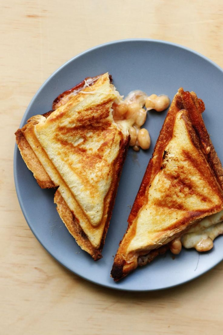 Baked Bean Jaffles // The Sugar Hit - long live the jaffle!