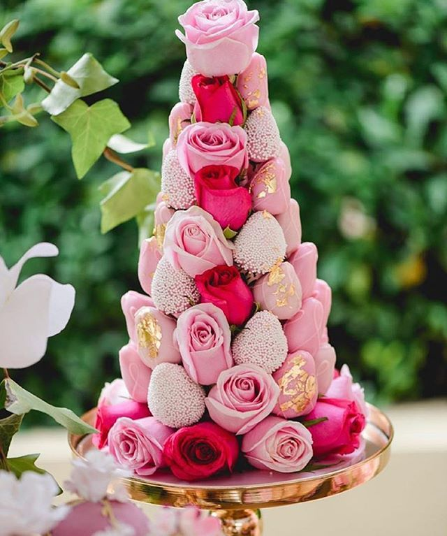 Beautiful Strawberry & Roses tower
