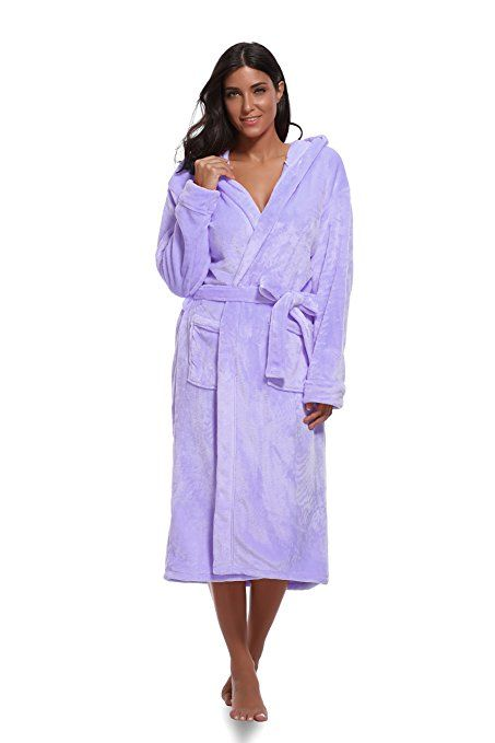 Luvrobes Women s Plush Hooded Bathrobe  3208e1a5fb05