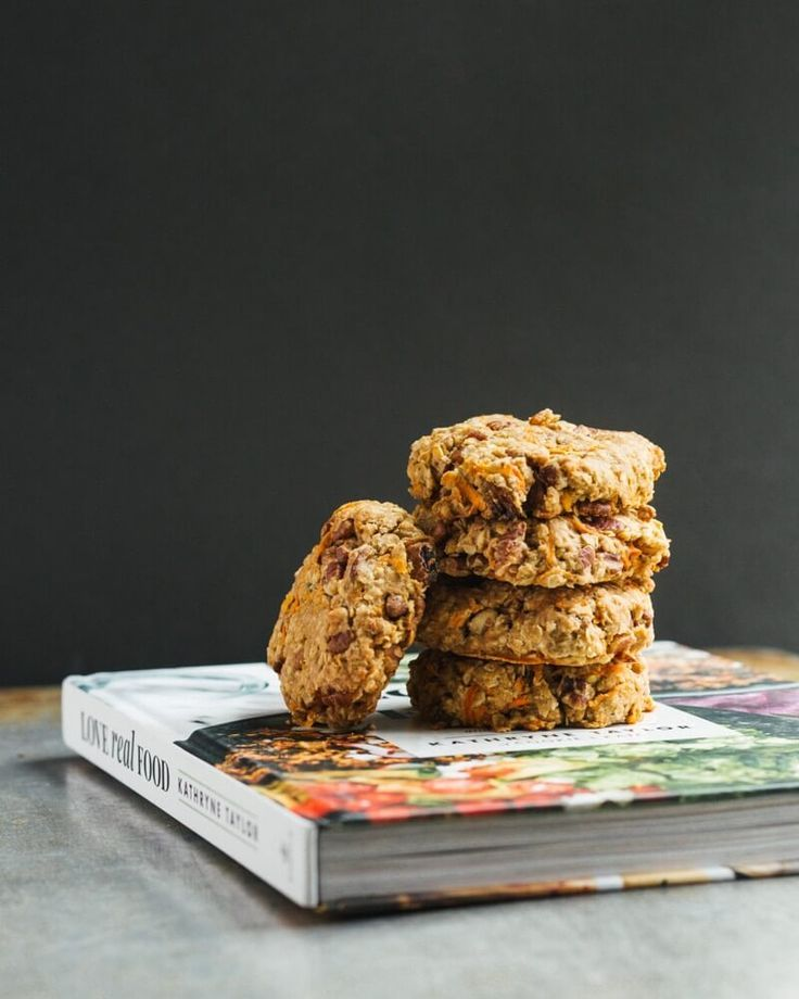 Carrot Cake Breakfast Cookies A Couple Cooks Recipe Breakfast Cookies Healthy Cookie Recipes Dessert For Dinner
