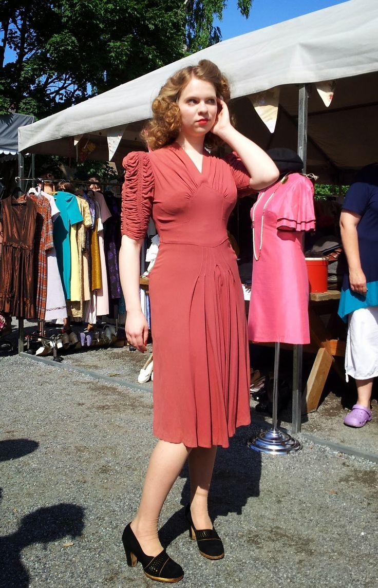 40s rayon crepe dress