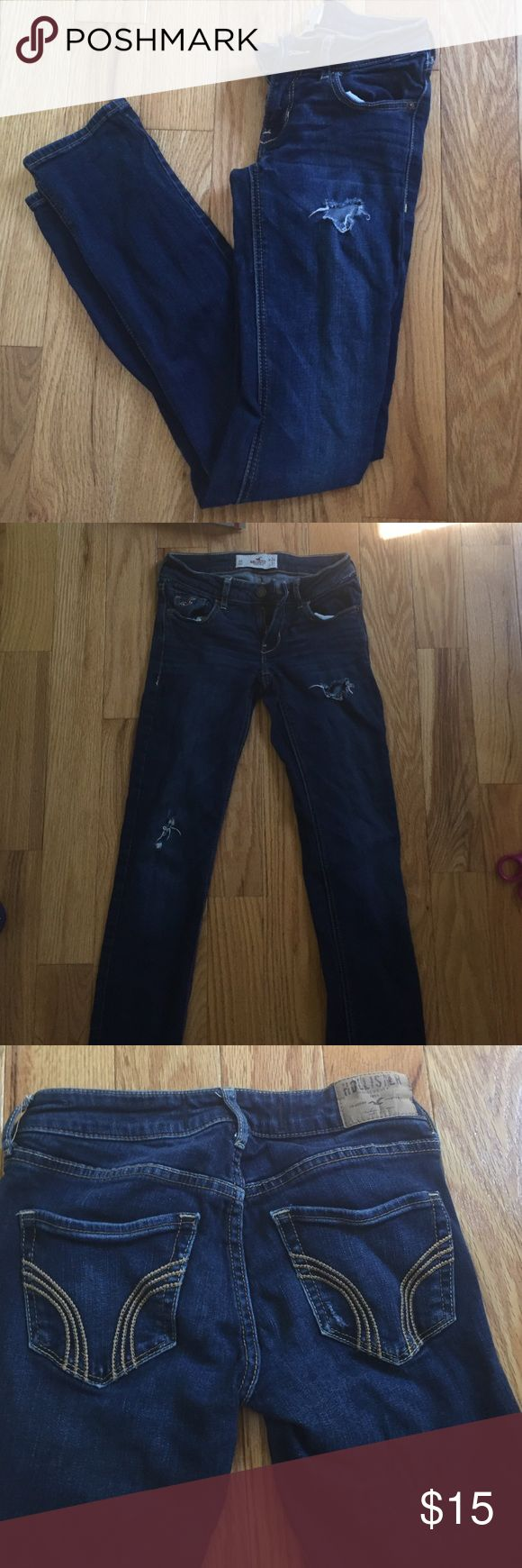 Hollister jenas Hollister dark washed distressed  jeans size 0 short in great condition! Hollister Jeans Skinny