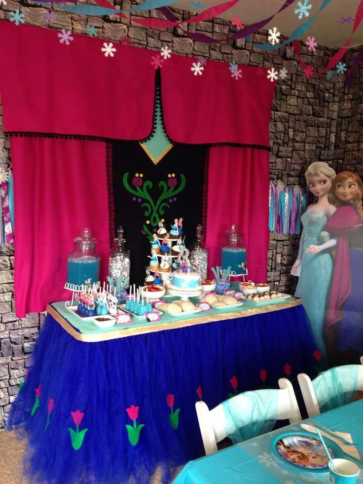 Lilly's Frozen Party! | CatchMyParty.com