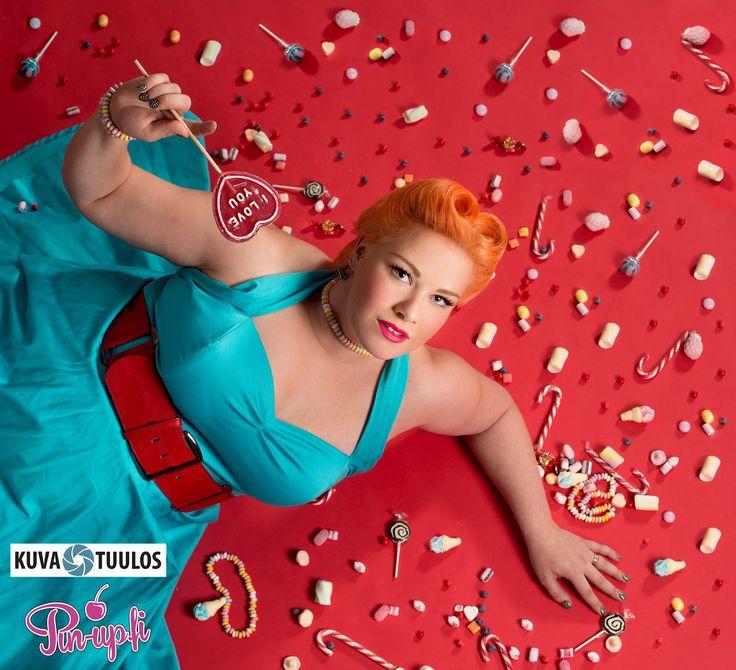 Photo by Anssi Viljakainen, kuvatuulos candies, victory rolls