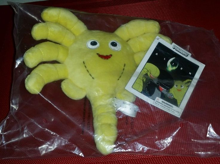 INVASION LOOT CRATE EXCLUSIVE ALIEN FACEHUGGER PLUSH KIDROBOT PHUNNY NWT NIP