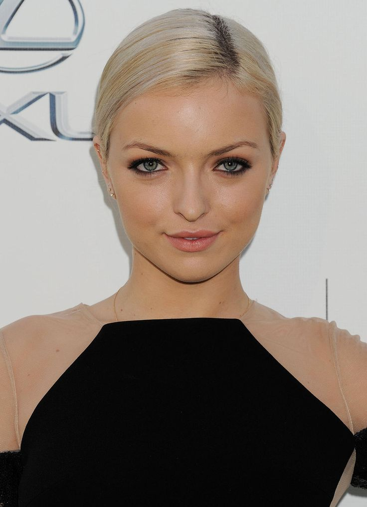 Francesca Eastwood: From Clint Eastwood's Daughter to Heroes Reborn: Francesca Eastwood's magnificent ascension