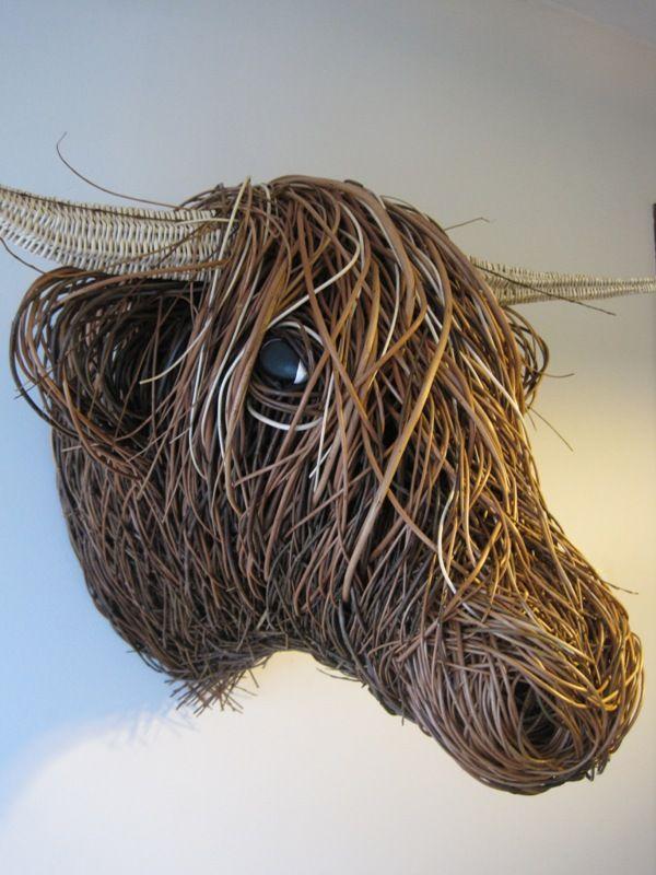 willow-highland-cow-sculpture