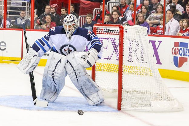 Jets Have Goalie Questions For The Present And Future - http://thehockeywriters.com/jets-goalie-questions-present-future/
