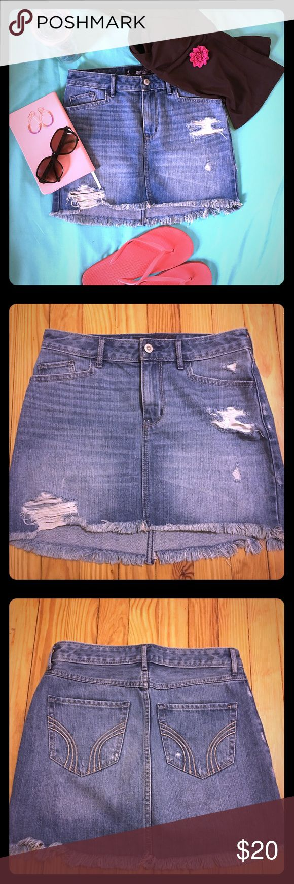 Hollister Distressed Jean Skirt Size 26☀️🏖 This Hollister Distressed Jean Skirt Size 26 is like new. Its super cool and perfect for a beach day ☀️🌊⛱🏝 Hollister Skirts