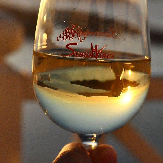 #SantoWines #Santorini #WineTasting Photo credits: @endless_discoveries