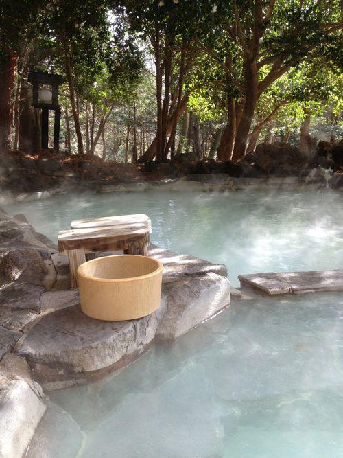 旅行人山荘の貸切露天風呂... #Onsen