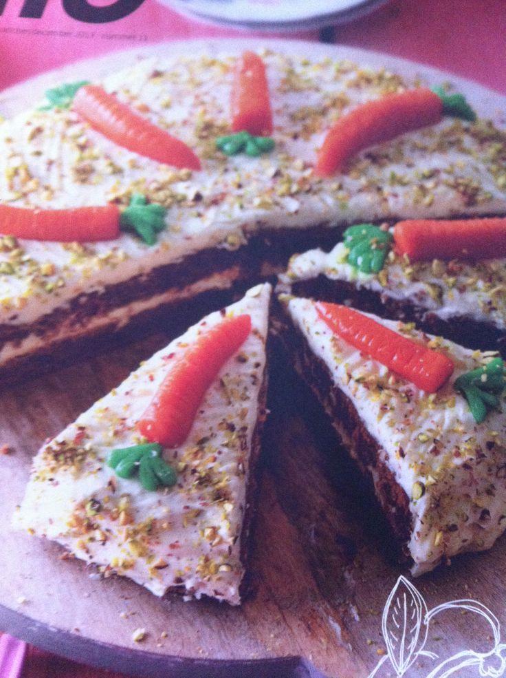 Feestelijke Worteltaart! Speciaal voor Sinterklaas met speculaaskruiden! Pakjesavond kan beginnen!