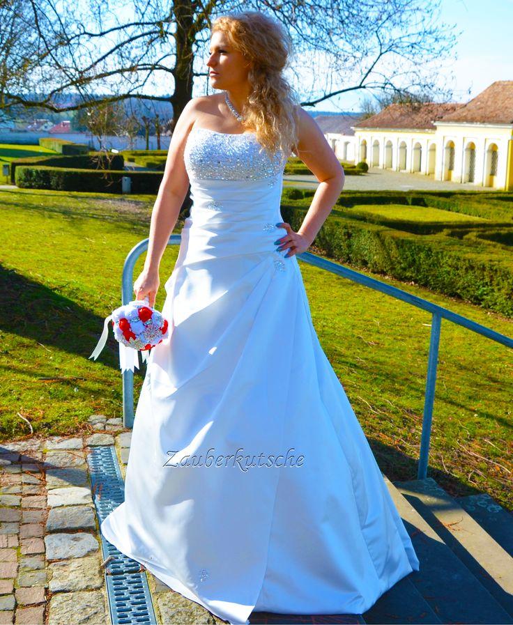 Perlen Satin Schleppe Brautkleid Hochzeitskleid Gr. 34 - 52 Braut Traumkleid A-Linie