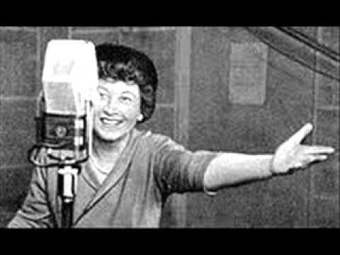 Irena Kwiatkowska - Ballada o doktorze Praszczadku (1974) - YouTube